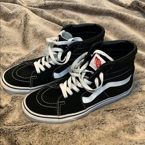 Hi-top black Vans